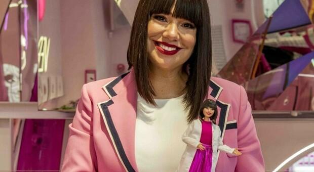 Per l'8 marzo arriva la Barbie con le sembianze dell'Estetista Cinica, modello di empowerment femminile