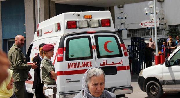 Tunisia, schianto tra autobus e tir: decine di morti e feriti