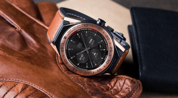 selezione premium 7a98f d5533 Smartwatch, scatta l'ora del lusso: da Tag Heuer a Montblanc ...