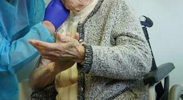 Omicidio in una Rsa in Alto Adige, visitatore accoltella al cuore una donna di 78 anni