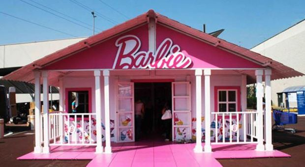 Mobili Per La Casa Di Barbie : In vacanza con barbie in sardegna una casa per vivere una