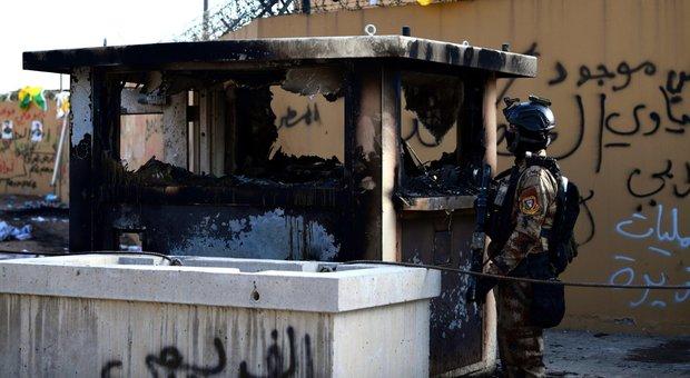 Iraq, razzi contro l'aeroporto Baghdad: quattro morti nell'attacco