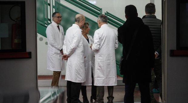 Coronavirus, la svolta dei due cinesi a Roma: salvi mentre l infezione avanza