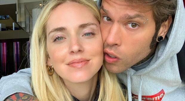 Fedez e Ferragni, video su Instagram con Leone che annuncia: «E' una bimba»