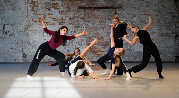 I danzatori da tutto il mondo per Biennale College