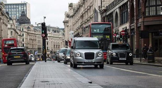 Coronavirus, nel week-end Londra dovrebbe diventare zona rossa