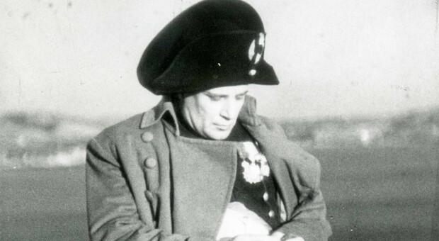 Il ritratto di un Napoleone-Mussolini nel film Campo di maggio