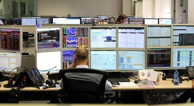 Moderate perdite alla Borsa di Milano