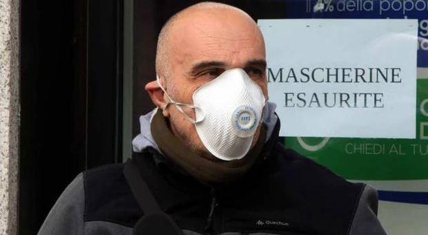 Coronavirus, arriva un garante per sorvegliare i prezzi di mascherine e amuchina