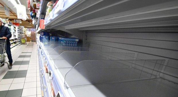 Uno dei supermercati presi d'assalto