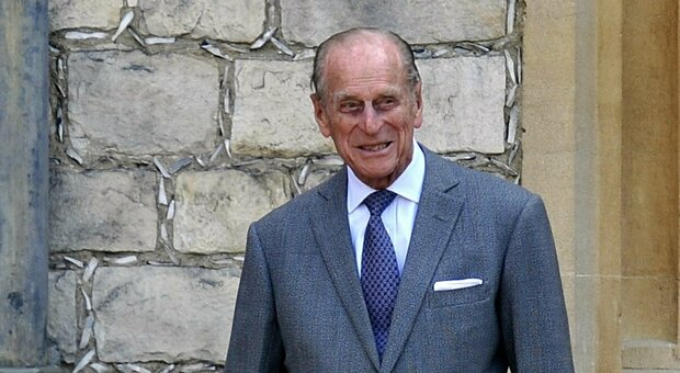 Principe Filippo trasferito in altro ospedale: necessari controlli al cuore