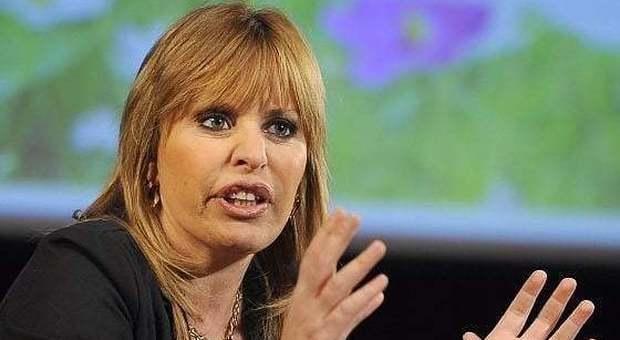 Alessandra Mussolini Pronta A Ballare Con Le Stelle Ce La Mettero Tutta Come Sempre