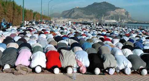 L'Islam sorpassa il Cristianesimo: entro 60 anni i musulmani saranno la maggioranza
