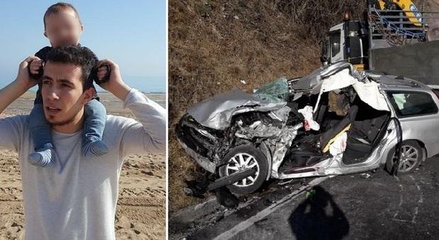 Si schianta con l'auto contro un tir, muore papà di 25 anni: lascia moglie e due figli