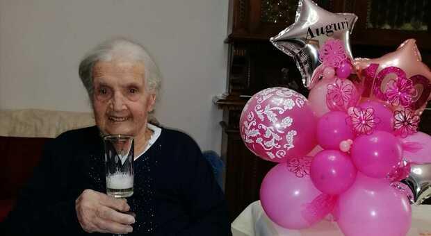 Guardea, nonna Nerina festeggia cent'anni. «Il segreto? Non ho mai preso il caffè»