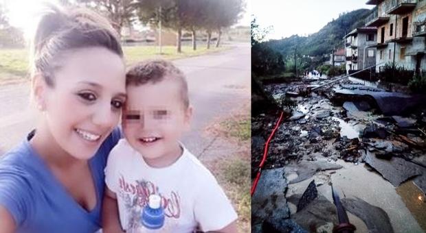 Maltempo in Calabria, morti mamma e figlio: si cerca il fratellino di 2 anni