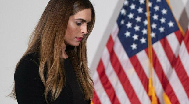 Trump e Melania posiviti: i viaggi con la collaboratrice Hicks senza mascherina, ecco come il virus è salito sull'Air Force One