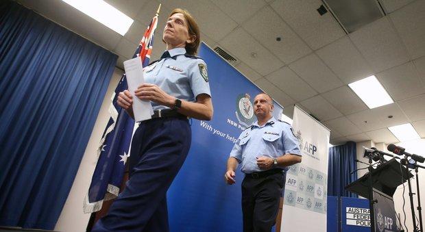 Terrore a Sydney, 22enne aggredisce a coltellate un uomo al parco: «Si è ispirato all'Isis»