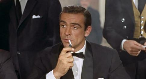 Sean Connery morto, quando rivelò i segreti di 007: «Solo i Beatles stressati come me, ma erano in 4»