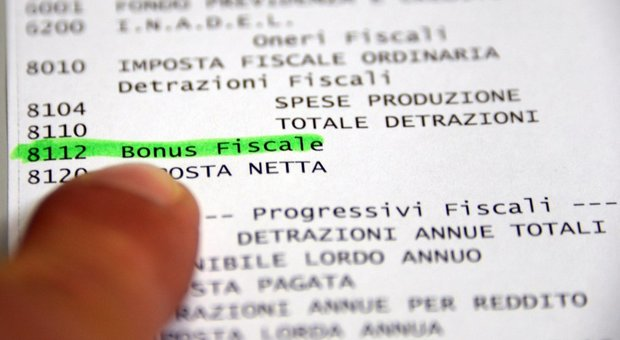 Busta paga più pesante da oggi, aumenti fino a 100 euro: le novità