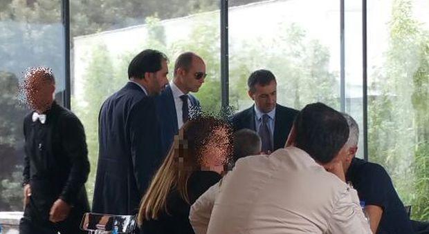 Roma, vertice M5S prima del no alle Olimpiadi: Marra e Romeo a pranzo con Frongia