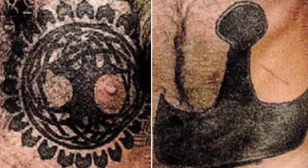 Usa, cosa raffigurano i tatuaggi del «vichingo» Jake Angeli, il dimostrante trumpiano