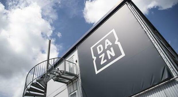 Diritti tv Serie A, Antitrust avvia istruttoria su accordo fra Dazn e Tim: «Possibili distorsioni sulla concorrenza»