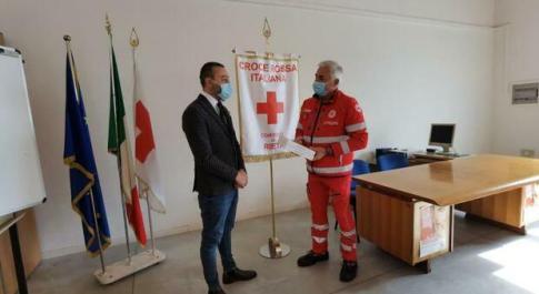 """""""Regala un sorriso"""", il Peperoncino sostiene la campagna della Croce Rossa"""