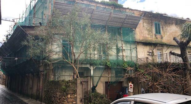 Monte San Giovanni Campano, l'ex casa confiscata a Enrico Nicoletti va demolita ma la pratica è ferma da anni