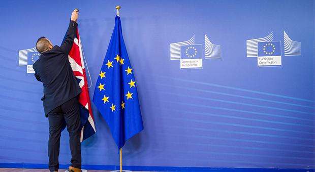 Brexit, Londra choc: «Bisogna schedare i lavoratori stranieri» `