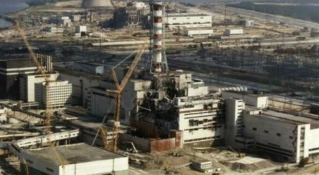 Chernobyl, è allarme: il reattore 4 si è svegliato e torna a bruciare