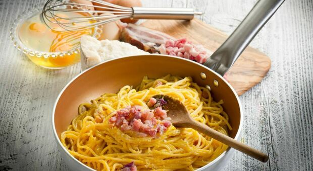 Il 6 aprile sarà Carbonara day: le origini e gli ingredienti tradizionali dell'amata ricetta