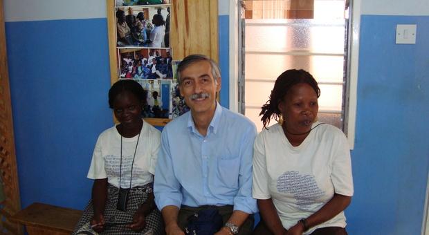 Prima contro l'Aids e ora contro il coronavirus: le battaglie e il volontariato di Claudio Gradoli