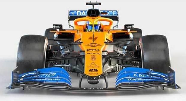 La nuova McLaren MCL35 a motore Renault per Sainz e Norris
