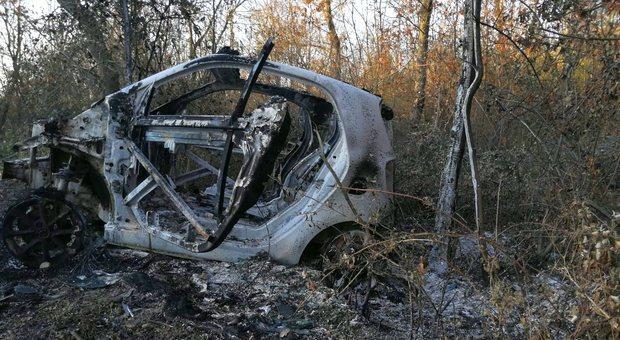 Giornalista morto, oggi la verità dall'autopsia: «Forse in quell'automobile non era da solo»