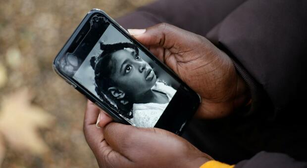 Bimba morì «anche per lo smog». Storica sentenza a Londra, l'inquinamento fu un fattore