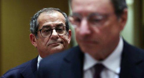 Italia in recessione, spettro manovra bis da 5 miliardi (con tagli nei ministeri)