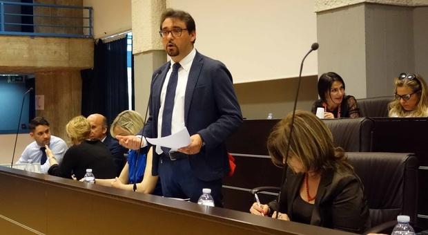 Terremoto, Anci Abruzzo: «Niente rilancio? Pronti a restituire fascia tricolore»