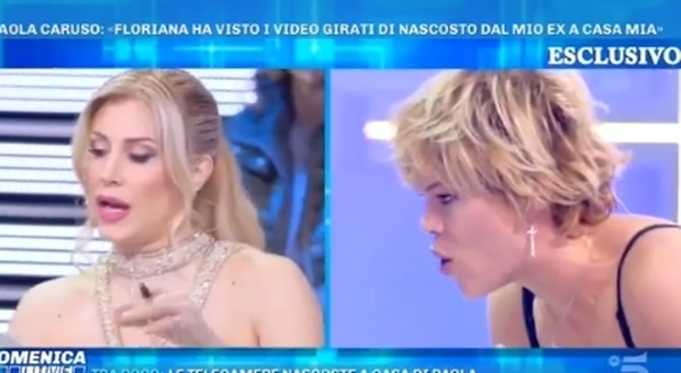 Domenica Live, lite furiosa tra Floriana Secondi e Paola Caruso: «Vedevi un altro....»