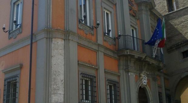Frosinone, crediti incerti del Comune di Sora: scontro M5S-sindaco