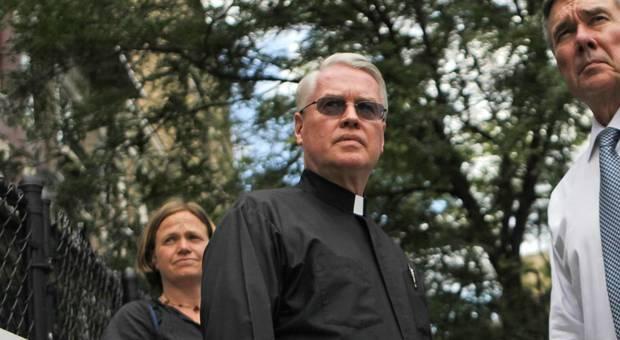 Papa Francesco silura il vescovo ausiliare di New York accusato di abusi su minori