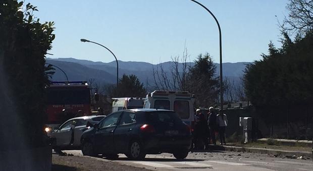 Incidente tra due auto a Rieti
