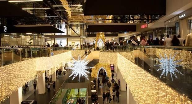 Porta di Roma, l'8 dicembre arriva la magia del Natale