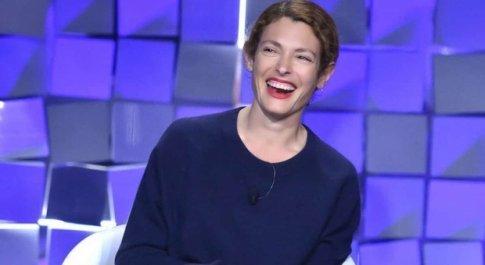Ginevra Elkann a Verissimo: «Scrivo una serie sulla famiglia Agnelli dal punto di vista femminile»