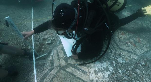 Viaggio alla scoperta dei restauri della città sommersa di Baia, il documentario su Rai 5 il 23 aprile alle 21.15