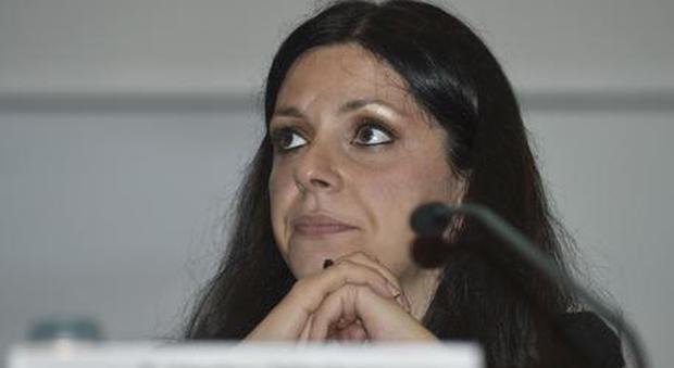 Roma, «Nessun controllore sul bus 047» e la Meleo sfotte un'utente Atac: rivolta su Twitter contro l'assessore