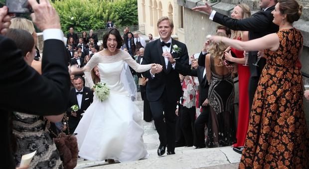 Wyatt Rockefeller sposa Julie Fabrizio: il matrimonio come il set di un film