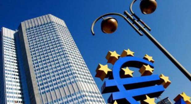 Coronavirus, borse e spread Riunione telefonica d'urgenza del board della Bce