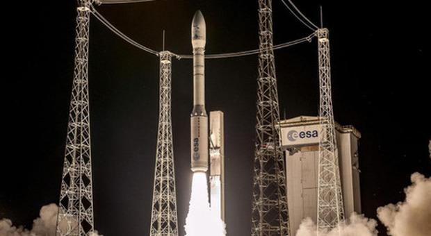 Vega decollato oggi, il razzo italiano dei record porta in orbita 53 satelliti Segui la diretta Rivedi il lancio