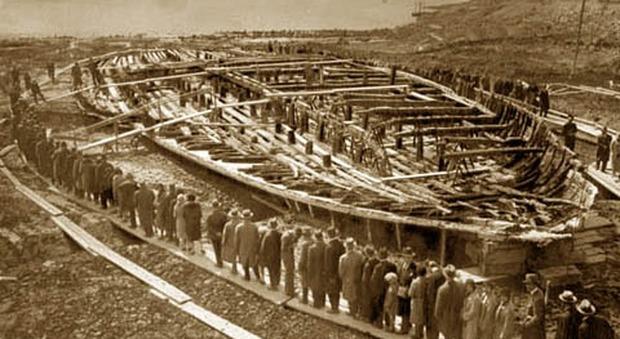 Nemi, tramonta il sogno della terza nave di Caligola: trovata solo una piccola barca del 900